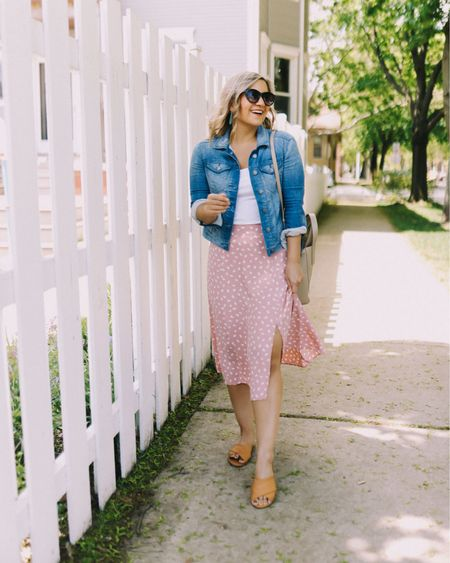 PETITE LADIES: Have you been thinking about rocking some midi skirts this spring/summer, but not sure what kind to get? Or how to style it?  Today on LakeShoreLady.com, I'm going over 5 different midi skirt styles that work well for petites, plus how to style them for our frames. There are also a ton of affordable options to shop at the bottom of the post, too 🛍 I hope it's helpful for you!!  What is your favorite type of midi skirt? And how do you like to style it? Let me know in the comments!!!   @liketoknow.it http://liketk.it/3g6q8 #liketkit #LTKunder100 #LTKunder50 #LSLstyle