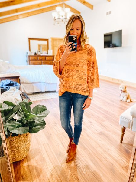 Fashion for working moms doesn't have to be complicated. Especially if it's business casual. Those outfits can definitely double up as date night outfits!  #liketkit #LTKworkwear #LTKunder50 #LTKstyletip   #LTKworkwear
