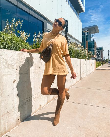 Graphic tee  Casual outfit  Legs hoop earrings  Vacation outfit   @liketoknow.it #liketkit http://liketk.it/3gAlm #LTKstyletip #LTKunder50 #LTKshoecrush