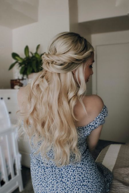 http://liketk.it/3gLRw #liketkit @liketoknow.it #LTKDay #LTKbeauty #LTKstyletip   Summer hair