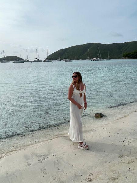 More beach pics http://liketk.it/3iHrx #liketkit @liketoknow.it
