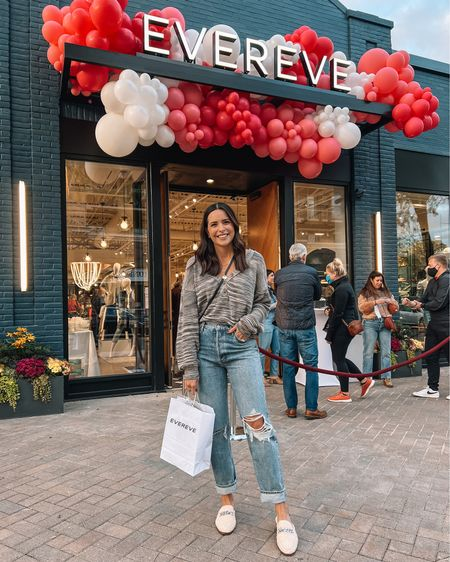 Got a little me-time in tonight and shopped at @evereveofficial's brand new store in Edina! 🥰🛍 If you're local, you should definitely pop in — it's beautiful, and it has the biggest denim bar & shoe collection company-wide! Swipe for some of my finds tonight, I'll link everything in my bio and on the LTK app! #evereve #everevestyle   #LTKSeasonal #LTKstyletip #LTKshoecrush