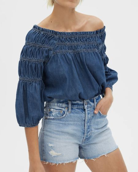 Off the shoulder looks from @thegap   You can instantly shop all of my looks by following me on the LIKEtoKNOW.it shopping app http://liketk.it/3hOE3 / #liketkit @liketoknow.it #summer2021 #thegap #offtheshoulder #datenighttop #beachvacation #gapsummer2021