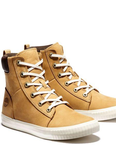 My GO-TO boot!! Perfect for jeans or leggings. I've been living in these 😍 http://liketk.it/39wRL #liketkit @liketoknow.it #LTKshoecrush #LTKunder100 #LTKSeasonal