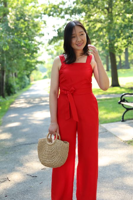 Happy #fourth! 🇺🇸 Sharing this pop of red c/o @anntaylor over on www.whatjesswore.com. Thanks for reading! @liketoknow.it http://liketk.it/2D4OG #liketkit #LTKsalealert #LTKstyletip #LTKunder100 #LTKworkwear #anntaylor #gifted #bfftrends #chicworkchic   📸 @justintsaiphotography