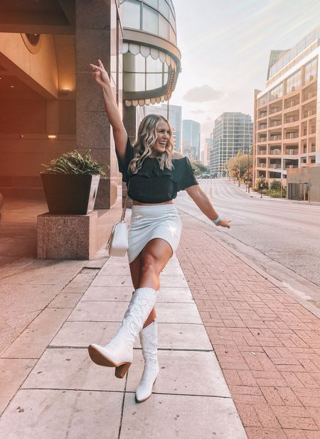 heel, toe, do-si-do, come on baby let's go boot scoot 🤠  . . white cowboy boots are all the rage right now and I'm not mad about it! I linked these under $100 boots along with my star print denim skirt      #LTKunder100 #LTKshoecrush