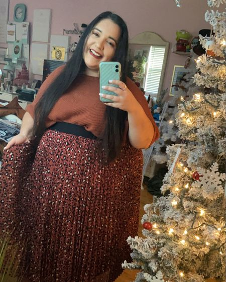 My Thanksgiving OOTD🦃🧡🍁 I love this skirt from Kohl's! It's adorable and I cannot get enough of it. It's the perfect way to end the fall season! 🍁 http://liketk.it/32i21 #liketkit @liketoknow.it #LTKcurves #LTKFall #LTKstyletip