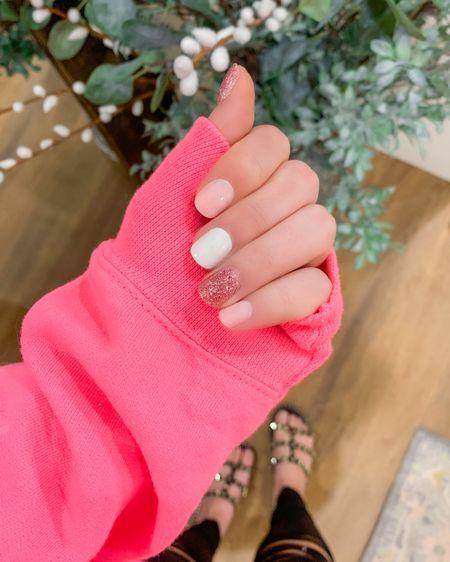 Mani Monday. Link is in my bio on Instagram to grab these nails that actually last! http://liketk.it/3ax3K #liketkit @liketoknow.it #LTKbeauty #LTKstyletip #LTKsalealert