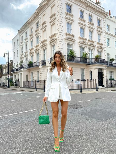 Lorna Luxe x In The Style white 'Working Girl' shorts and blazer with Bottega green accessories 💚 I'm absolutely loving this combo.   #LTKunder50 #LTKeurope #LTKstyletip