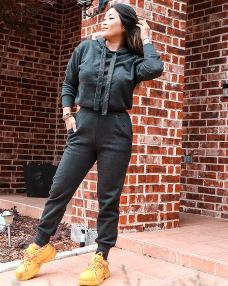 Comfy at home or anywhere you go! http://liketk.it/32L2O #liketkit  #LTKstyletip #LTKunder50 #LTKunder100 Follow me on the LIKEtoKNOW.it shopping app to get the product details for this look and others Screenshot this pic to get shoppable product details with the LIKEtoKNOW.it shopping app @liketoknow.it