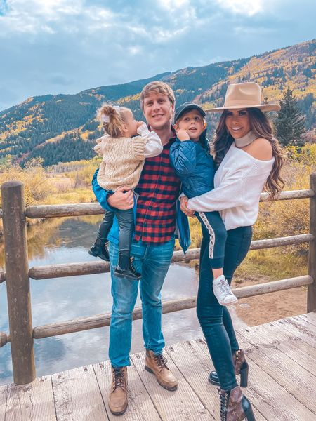 Fall Family Photos, Fall Sweater, Fall Denim, Fall Boots, Boots, Fall Shoes, Fall Hats, Fall Accessories, Fall Outfit Ideas, Fall Outfits, Outfit Ideas, Fall Outfit Inspiration, Emily Ann Gemma, Aspen, The Gemma Gang http://liketk.it/3p7Yp