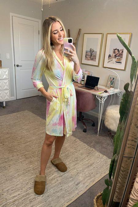 Light weight summer tie dye robe with pockets!! So comfy @liketoknow.it #liketkit http://liketk.it/3hUWv #LTKunder50 #LTKhome #LTKshoecrush