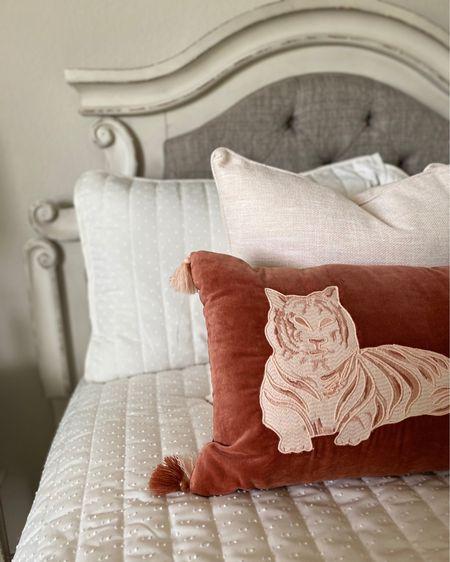 I love a good bed view! http://liketk.it/3gSGk #liketkit @liketoknow.it #LTKunder100 #LTKstyletip #LTKhome