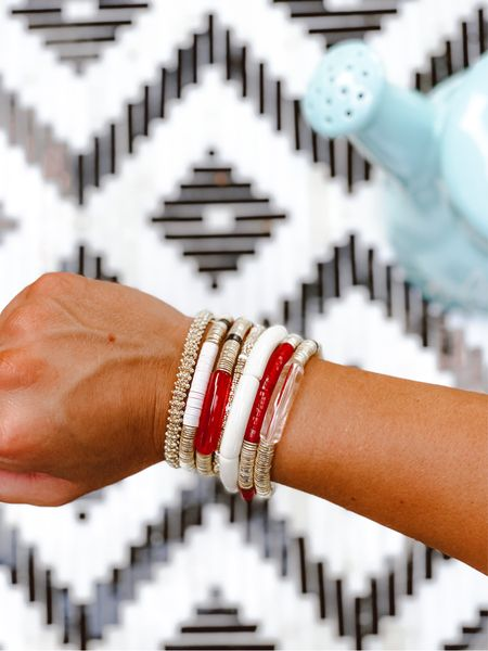 Allie + Bess Game Day Collection You can use code: LAURA15 ❤️ #armcandy