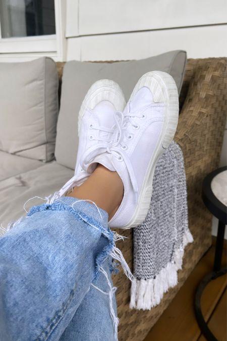 Favorite ever white sneakers 😍 use code THANKS to save money 💰   #LTKunder50 #LTKSeasonal #LTKsalealert