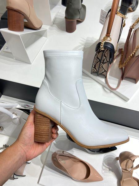 Western boots, fall boots, fall booties, fall fashion trends   #LTKshoecrush #LTKstyletip #LTKSeasonal