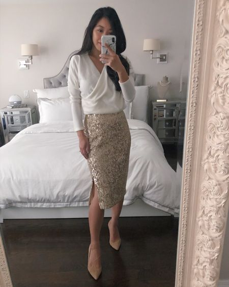 50% off this beautiful stretchy sequin skirt! Trying on petite xxs and I'm 5' 105lb for fit reference. Top is also Ann Taylor but didn't love the fabric. Heels are jcrew 5.5 - also 50% off in 2 colors http://liketk.it/32op0 #liketkit @liketoknow.it #LTKgiftspo #LTKsalealert #LTKunder50