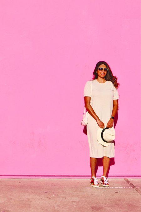 Pink Wall Weekend http://liketk.it/2TNog #liketkit @liketoknow.it