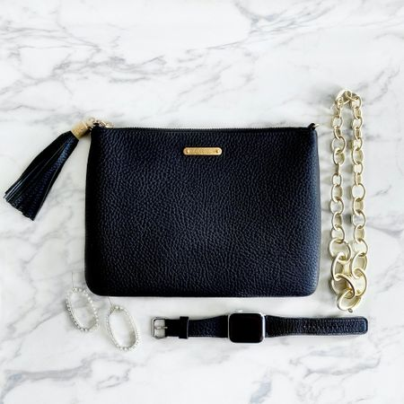 🎵These are a few of my favorite things!🎶 (for the holiday season🎄) This clutch doubles as a crossbody bag and matches my Apple Watch band perfectly! These earrings and gold chain statement necklace are perfect for elevating nearly any outfit! ✨ I love pieces I can wear on repeat! Don't you?! 😊   http://liketk.it/2I4ls #liketkit @liketoknow.it   #kendrascott #giginewyork #whatimwearing#myoutfit#outfitshare#currentlywearing#aboutalook#midwestblogger#realoutfitgram#wearitloveit#stylewatch#styleblog#fashionblog#outfitdetails#whowhatwearing#stylingtips#wearingtoday#howtostyle#howtowear#outfitideas#milwaukeestyle#milwaukeeblogger#whatMKEwore#mkeinfluencer#mkeblogger#midwestblogger