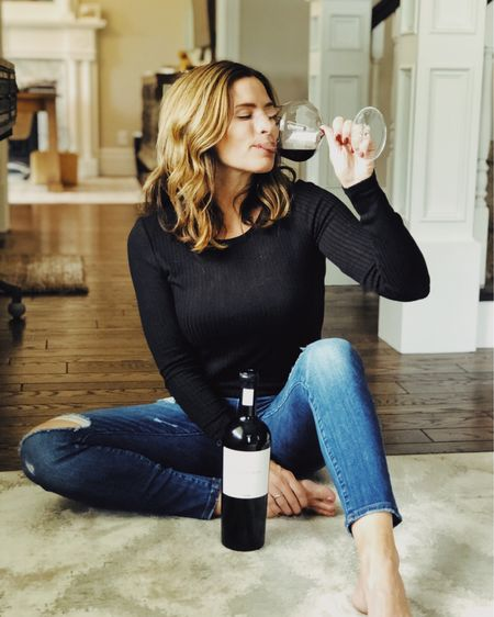 Red wine pairs nicely with autumn.🍷🍂 Finally in the mood for the weather to turn, maybe the rain is helping! Taking advantage of the cold weather by decorating the house, all things fall.🍁 http://liketk.it/2FmC0 #liketkit @liketoknow.it