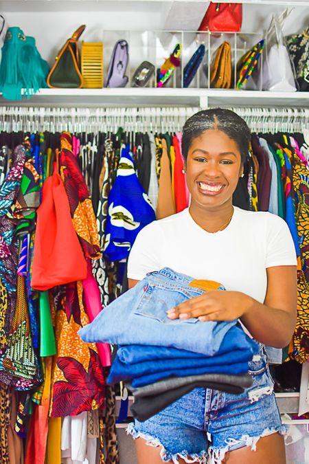 Sitewide sale on my favorite fitting jeans! Use code SMILE for 30% off everything today. http://liketk.it/3gyoE #liketkit @liketoknow.it #LTKunder100 #LTKsalealert
