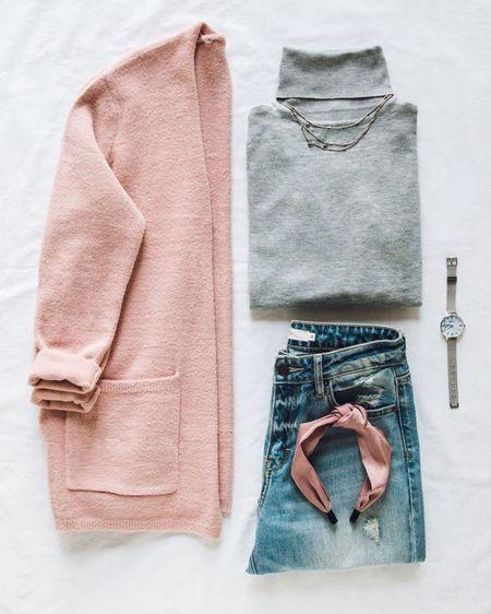 More winter-to-spring transition outfits! 🌼💗    Download the LIKEtoKNOW.it shopping app to shop this pic via screenshot!  http://liketk.it/39ZlZ #liketkit @liketoknow.it #LTKSeasonal #LTKstyletip