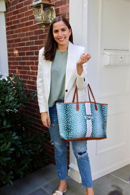 Gimme ALL the blazers this fall 🍁! I have expanded my blazer collection dramatically 😂 in anticipation for this season and I can't wait to style them all 🥰 Also I'm kinda obsessed with how I styled this white blazer with my new gifted @barringtongifts tote 🤗! What are u most excited to wear this fall?  #blazer #boyfriendjeans #rippedjeans #boyfriendblazer #oversizedblazer #h&m #fallfashion #falltransitionoutfit #barringtongiftstote #barringtongifts #barringtontote #totebag  #LTKfit #LTKbacktoschool #LTKworkwear