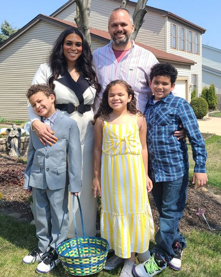 Happy Easter! Hope everyone had a lovely day ❤  Jumpsuit linked here ➡️ http://liketk.it/3c5Uf    #theglammom #jumpsuit #quarantine #tuxedo #family #familytime #easter #yolo #familyportrait #holiday #chicago #chicagostyle #chicagogram #chicagogrammers #chicagoinfluencer #chicagoigers #easter #sundaysbest #husbandandwife #plussize #momofthree #biracialfamily #usie #eloquii #xoq #family #momlife #partyof5 @liketoknow.it #liketkit