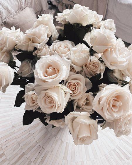 Amazon finds, fresh flowers, summer home Decor, stylinaylinhome @liketoknow.it #liketkit http://liketk.it/3ia72   #LTKhome #LTKstyletip #LTKunder100