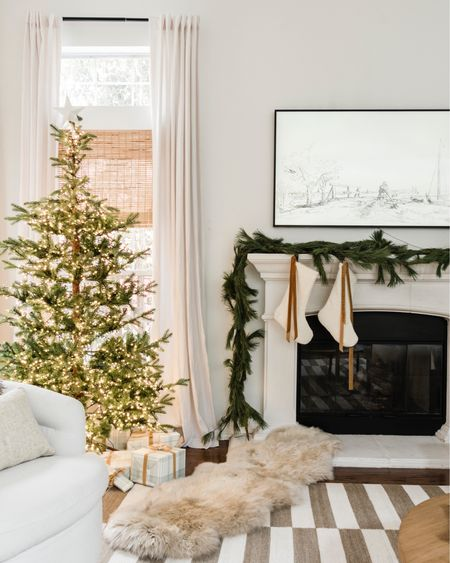 Tonight in Stories, I'm giving you a real time walk through of our house decorated for the holidays. Low key and a super fun way to show you guys the flow of the house. Thanks for stopping by!   Shop your screenshot of this pic with the LIKEtoKNOW.it shopping app #idcoathome @liketoknow.it http://liketk.it/33nRY #liketkit