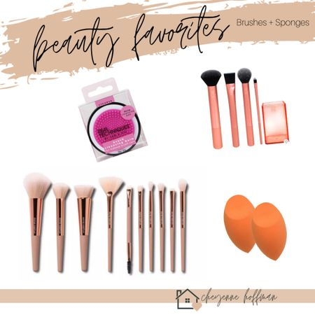 ✨ here are a few of my go-to makeup brushes! http://liketk.it/31SFd #liketkit @liketoknow.it #LTKunder50 #LTKbeauty #LTKgiftspo