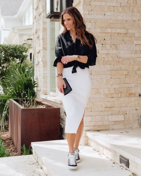 Black & White Chic Knit #ontheblog today🔳 Find out why Knitwear is summer's new IT trend!   My blouse comes in 5 colors (has an incredible price) & my skirt also comes in black + a full length version also!  Click link in bio for all the details OR Shop my daily looks by following me on the @liketoknow.it http://liketk.it/3iAms #LTKunder100 #LTKstyletip #LTKworkwear #liketkit LIKEtoKNOW.it shopping app