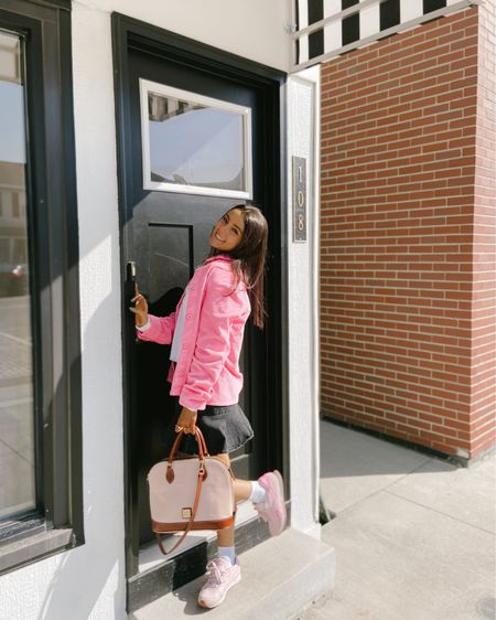 Had to pull out the pink sooner or later 💖💕🛍 • •  http://liketk.it/3aKmk #liketkit @liketoknow.it #LTKfit #LTKSpringSale #LTKstyletip