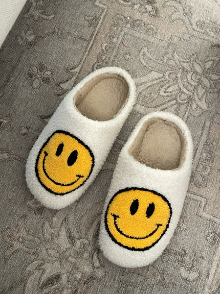Smiley face slippers 🖤