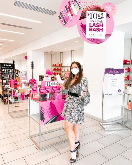 Brb, going to buy allllllll the mascara because GUESS WHAT... the @beauty.brands Lash Bash is happening NOW 😱 [#ad] Through September 27 you can shop all your fave mascaras from brands like @anastasiabeverlyhills, @tarte, @smashbox, @lorac, and more for only $10.98 - that's up to 62% off! I'm taking this opportunity to try something new, the @anastasiabeverlyhills Lash Brag Volumizing Mascara everyone is raving about! I also snagged a couple of my mascara staples too - @smashbox's Full Exposure Waterproof Mascara  and @buxom's Lash Mascara. With so many mascaras to choose from you truly can't go wrong AND @beauty.brands even has an amazing eyelash curler and lash primer included in the sale - how great is that?! Plus, when you buy three mascaras you get a set of cute cooling eye pads too! They're the perfect way to give your eyes the TLC they deserve 💕 Have you'd stocked up yet? Tell me below!  I've linked my top picks for the sale in my stories and on @liketoknow.it ( http://liketk.it/2WMem )! You can also shop the sale via the link in my bio too 👀 While you're there, take the @beauty.brands Perfect Mascara Match quiz for a recommendation on what you should try ✨ And, as always, if you have questions, need links, or want more details just comment below or DM me - I always love to help! #BBlashbash #beautybrands #beautybrandsambassador #liketkit #LTKbeauty #LTKsalealert #LTKunder50