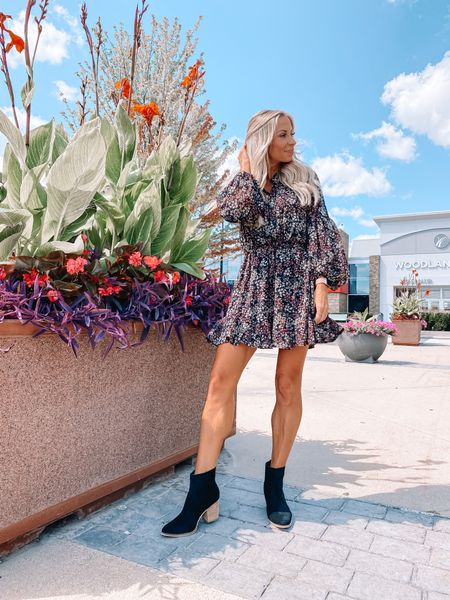 """FALL FLORALS // Sept hit quick and the cooler weather isn't far behind. Every year I find my favorite Fall dresses at @shopreddress and this year is no exception!  Check out my Fall picks on my shop.ltk page """"sarah.r.gibson"""" linked in bio. #rdbabe #rdstyle #fallfahion #fall2021 #falldresses #competition #LTKseasonal  #LTKstyletip #LTKbacktoschool"""