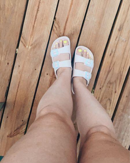 Summer slides, amazon sandals, amazon slides, beach sandals, impress toenails, press on toes, amazon finds, summer looks, sandals under $20. http://liketk.it/3jpW2 #liketkit #LTKshoecrush #LTKtravel #LTKbeauty @liketoknow.it