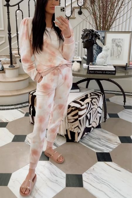 My fave loungewear and comfy shoes!! 🌸 http://liketk.it/3dTDC #liketkit @liketoknow.it