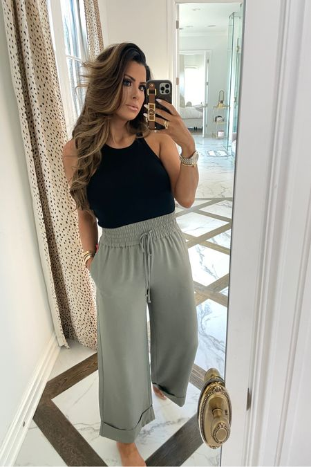http://liketk.it/3gQKy #liketkit @liketoknow.it #LTKunder50 #LTKunder100 #LTKstyletip summer outfits, sweatpants, comfy clothes, Emily Ann Gemma