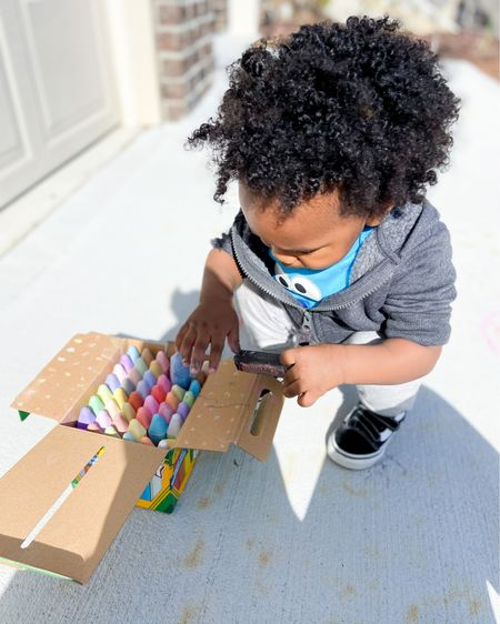 Crayola washable sidewalk chalk perfect for outdoor activities and Easter baskets. http://liketk.it/3b7zA #liketkit @liketoknow.it