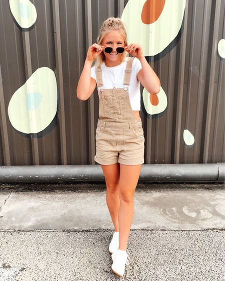 Overalls are IN this summer + I'm loving it!! 😍 just bought these and I am obsessed!! http://liketk.it/2R88O #liketkit @liketoknow.it