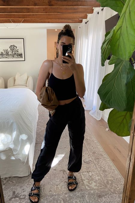 casual black outfit #casual #blackoutfit #liketkit @liketoknow.it http://liketk.it/3ntG7