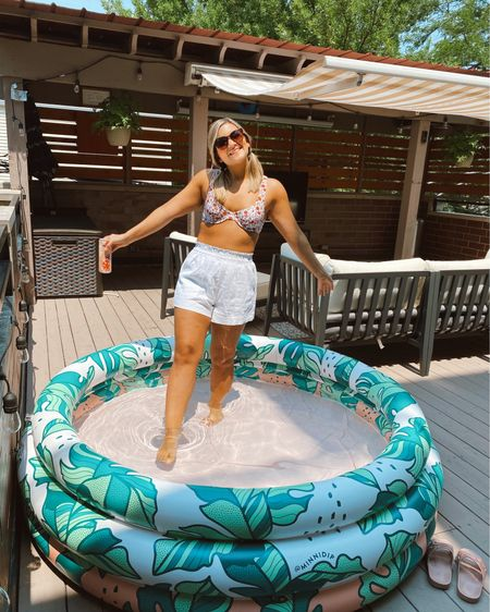 When it's going to be 90 on the 4th of July, you blow up an adult kiddie pool on the deck 😜🇺🇸 Happy 4th, everyone!!!   Shop everything in this pic 👉🏻 @liketoknow.it #liketkit http://liketk.it/3j0rq #LTKsalealert #LTKunder100 #LSLstyle