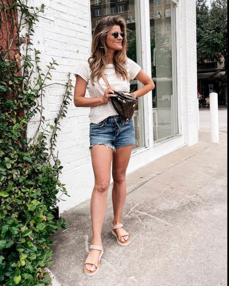 Casual day look! Wearing Madewell tee (size xs) Agolde Parker shorts (size 25) and Madewell sandals (tts)! http://liketk.it/3hIkv @liketoknow.it #liketkit