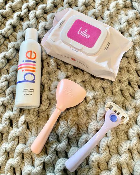 $9 razor/ face wipes/ shapes cream / travel case http://liketk.it/2Sv7Q #liketkit @liketoknow.it #LTKunder50 #LTKtravel #LTKbeauty