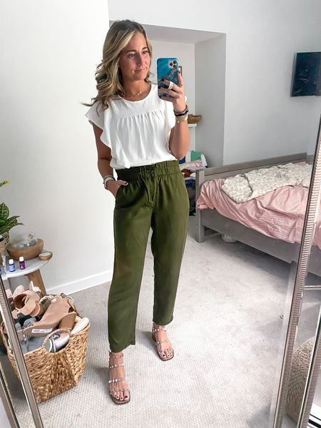Today's work outfit! Wearing size small in the top & pants! Wearing true size in shoes! Top & pants are on sale!!   #LTKsalealert #LTKunder100 #LTKunder50
