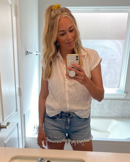 """Shorts so good my friends and I have labeled them the """"sisterhood of the traveling shorts"""". We all have a pair and are obsessed! My fav style is the Jane and you definitely want to size down! #kutfromthekloth #jeanshorts #nordstrom #LTKunder100  http://liketk.it/3bAqb #liketkit @liketoknow.it"""