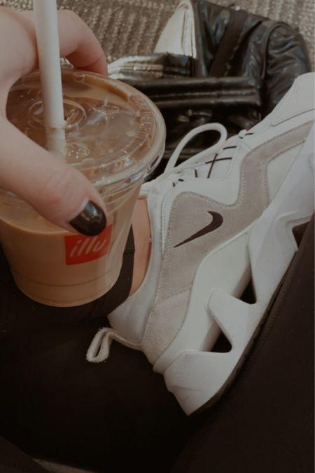 Nike sneakers #liketkit @liketoknow.it http://liketk.it/36hCq