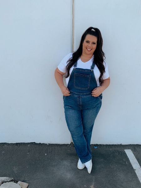 Overall I think it's a good look 👀 TRUE TO SIZE overalls are a 10/10 use code 25HOTPINK2021 for 25% off at Ulla Popken   #LTKSeasonal #LTKcurves #LTKunder50