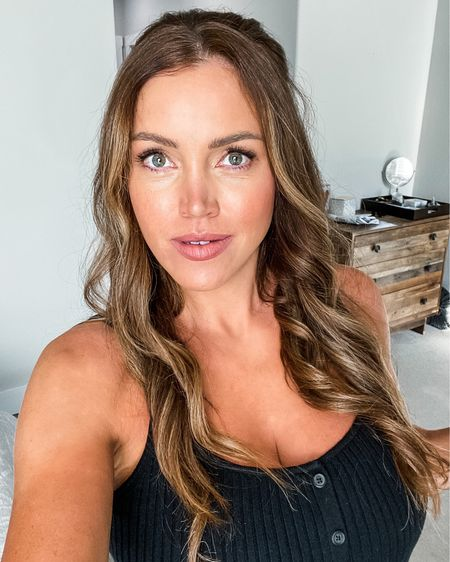 Amazon fashion find Black button down sleeveless dress bump friendly under $30. All the hair care tools and products for long curly beach wave http://liketk.it/2Yzgi #liketkit @liketoknow.it    #LTKbump #LTKbeauty #LTKunder50